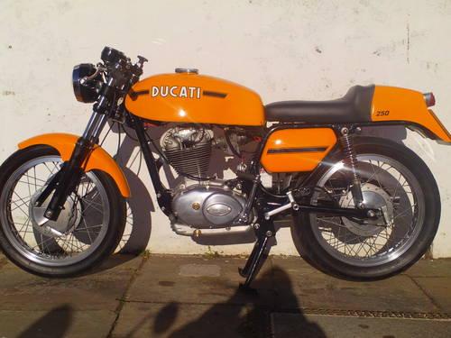 1974 DUCATI 250 MK3 DESMO REPLICA SOLD (picture 3 of 6)