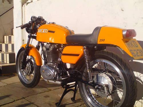 1974 DUCATI 250 MK3 DESMO REPLICA SOLD (picture 4 of 6)