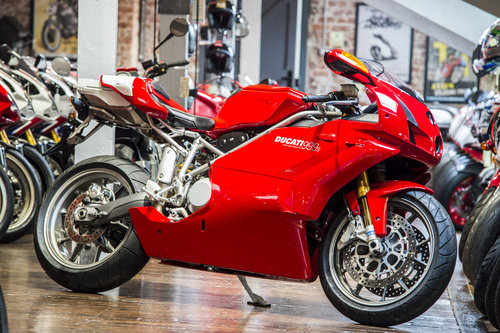 2003 Ducati 999S ORIGINAL LOW MILEAGE EXAMPLE For Sale (picture 1 of 6)