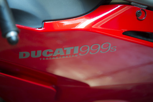 2003 Ducati 999S ORIGINAL LOW MILEAGE EXAMPLE For Sale (picture 5 of 6)