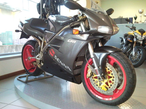 1995 Ducati 916 Senna in stunning conditions For Sale (picture 1 of 5)