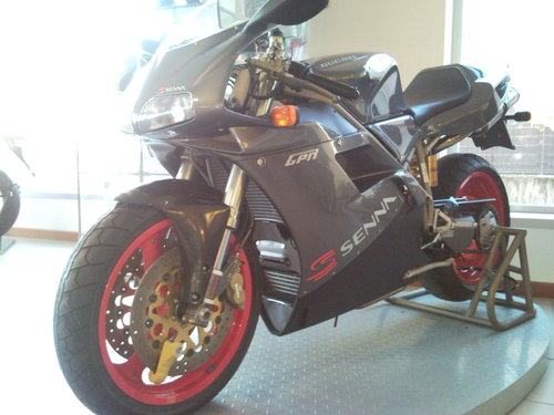 1995 Ducati 916 Senna in stunning conditions For Sale (picture 3 of 5)