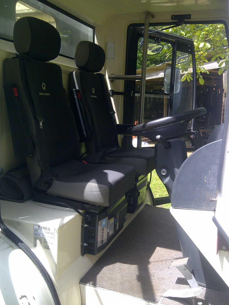 2005 Rare Q Electric Milk Float For Sale (picture 4 of 6)