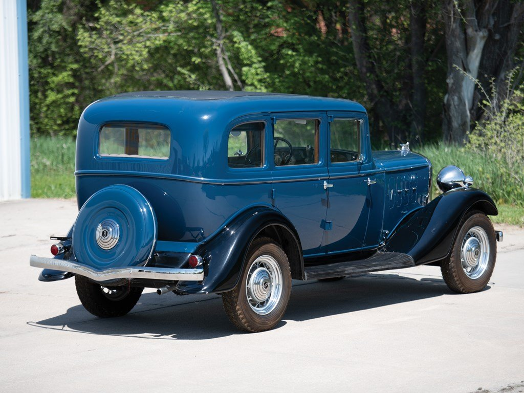 1933 Essex Terraplane Eight Series KT Five-Passenger Sedan For Sale by Auction (picture 2 of 6)
