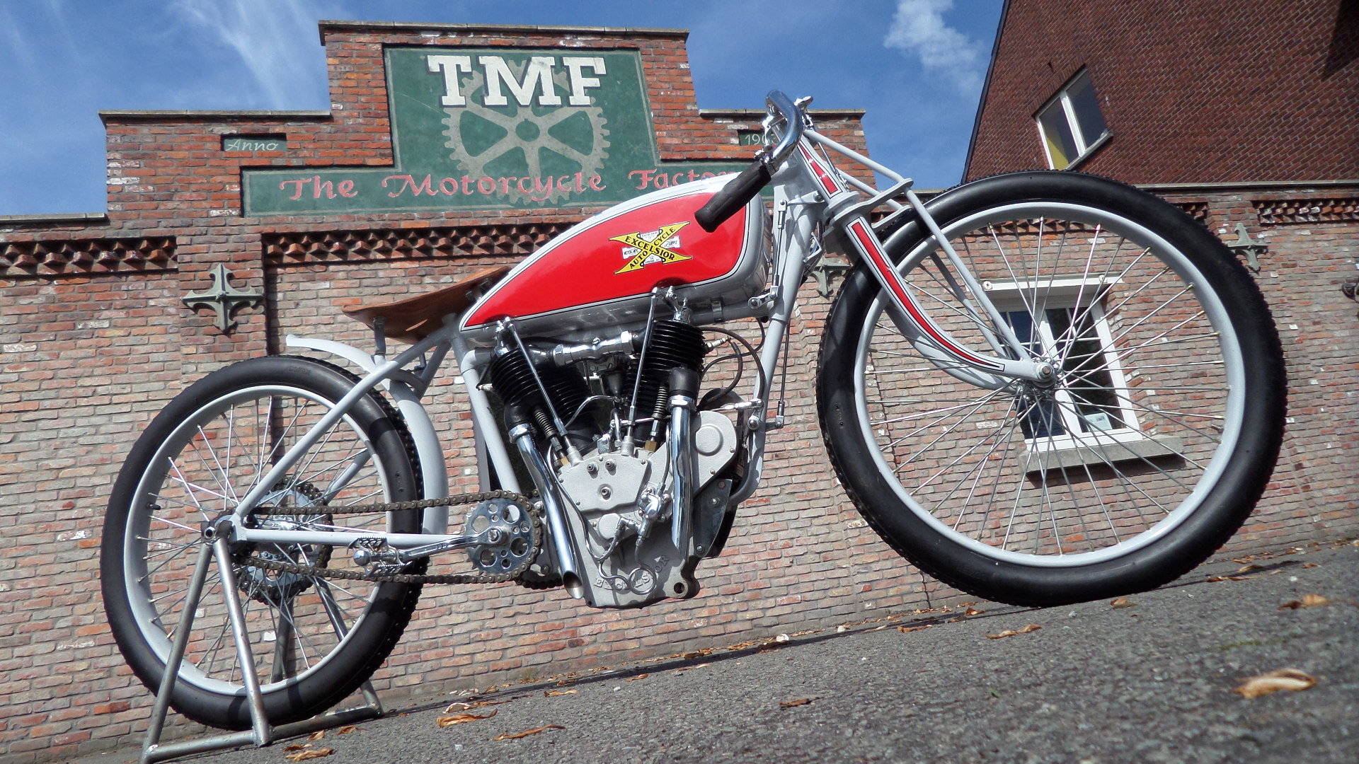 1913 EXCELSIOR  1000cc V twin board track racer For Sale (picture 3 of 6)