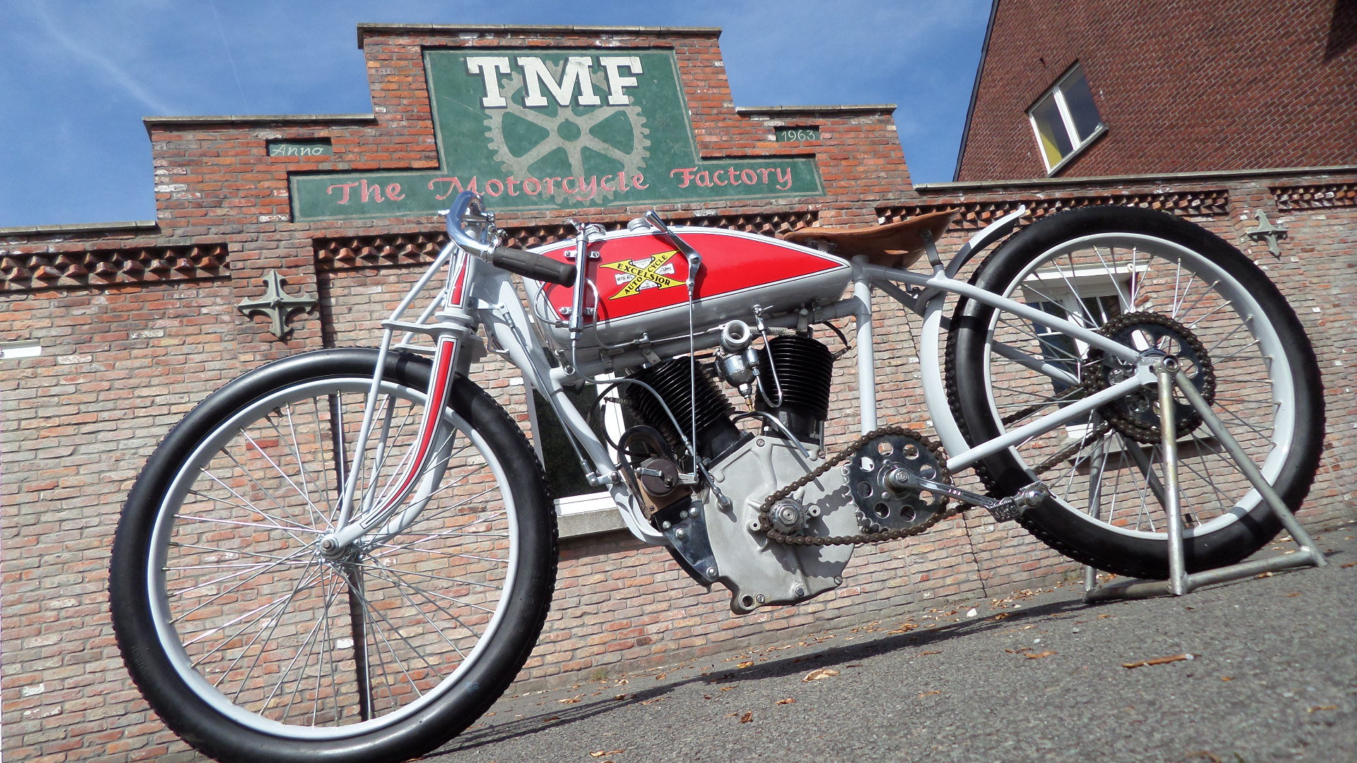 1913 EXCELSIOR  1000cc V twin board track racer For Sale (picture 4 of 6)