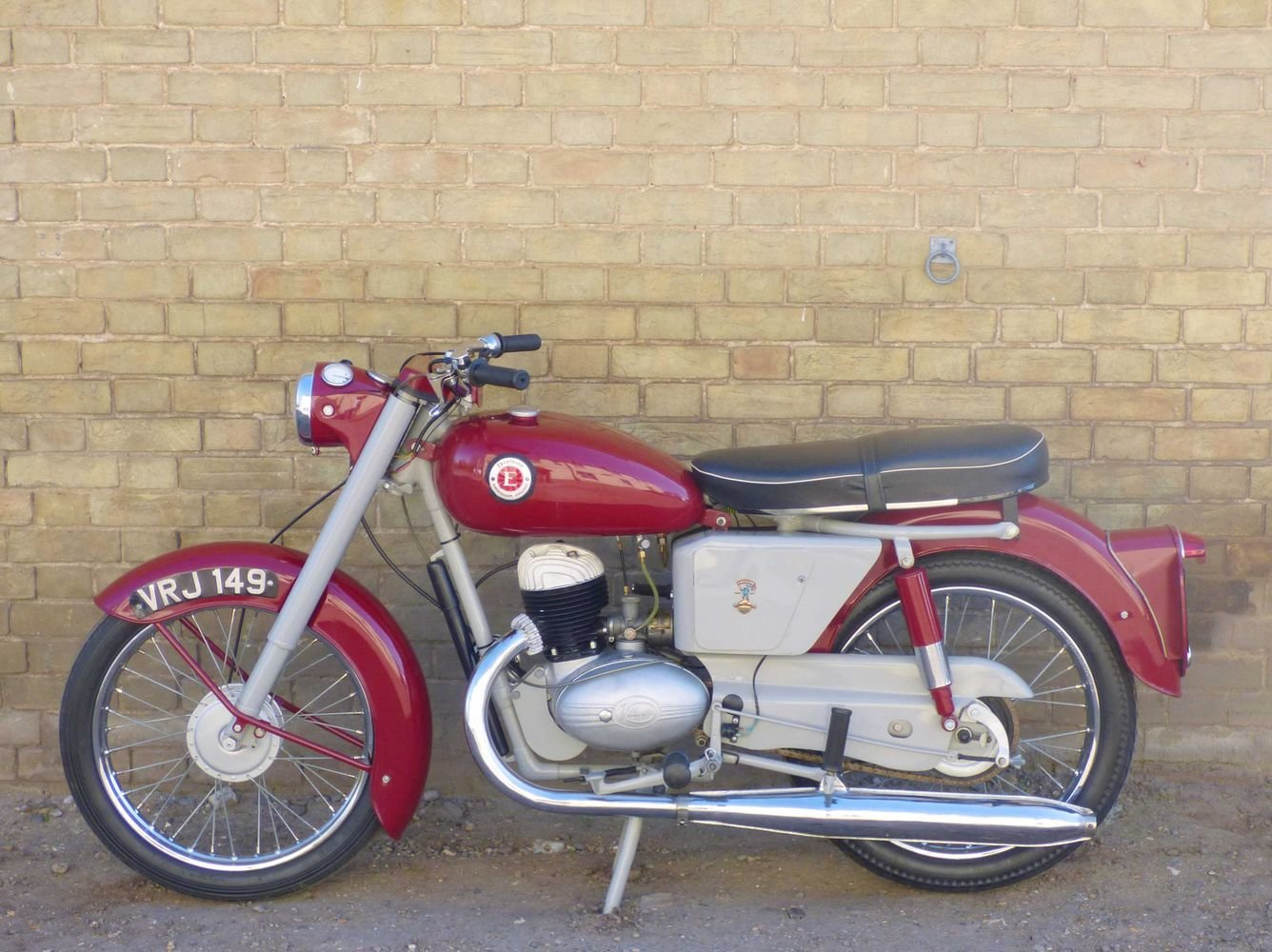 c1961 Excelsior Roadmaster 197cc For Sale (picture 2 of 6)