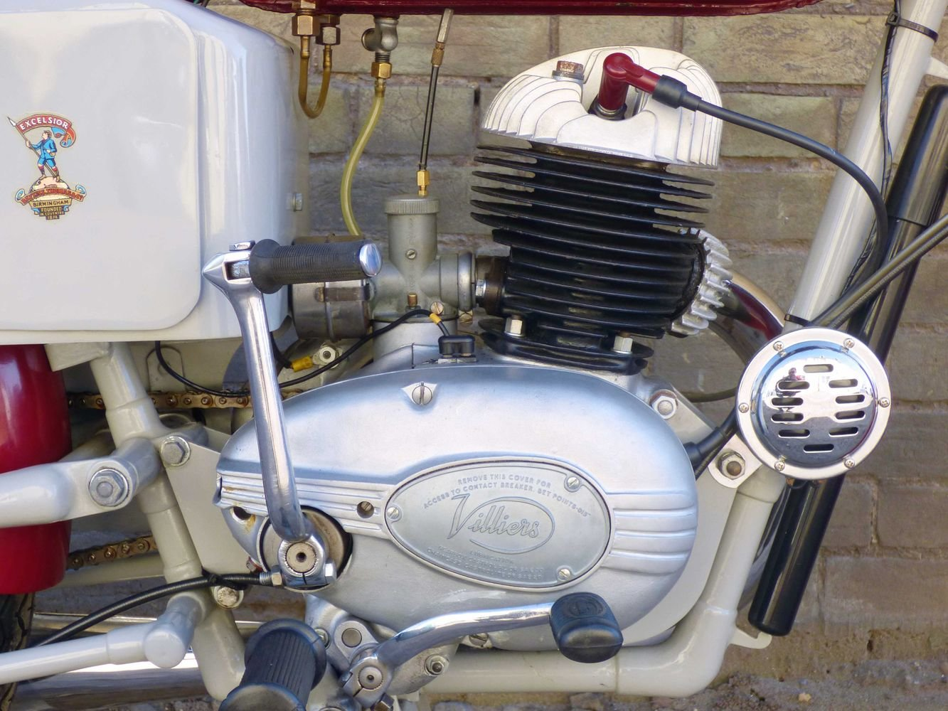 c1961 Excelsior Roadmaster 197cc For Sale (picture 3 of 6)