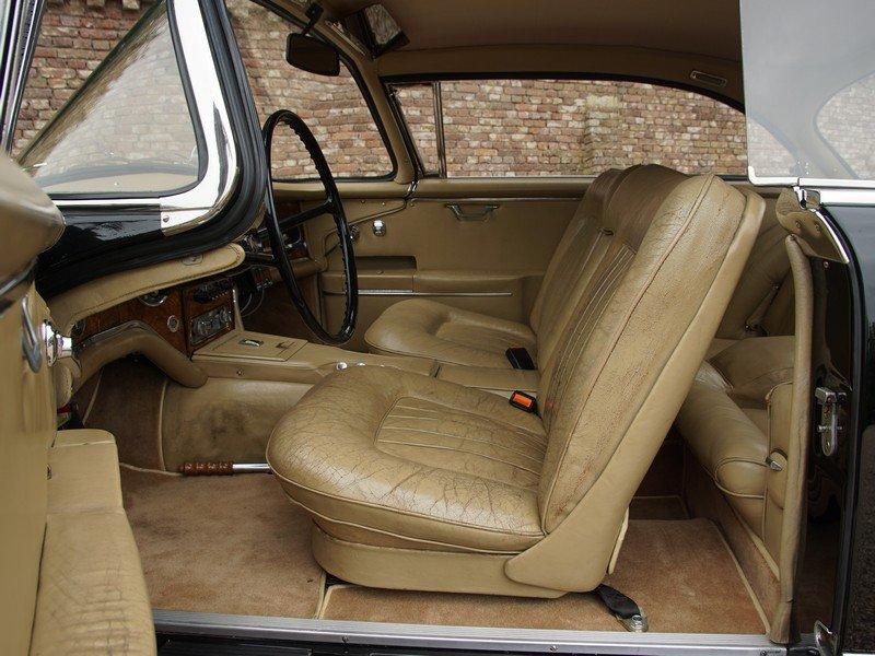 1957 Facel Vega FV3 Fully restored For Sale (picture 3 of 4)