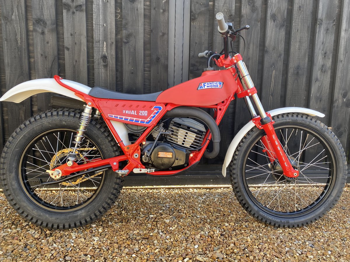 1985 FANTIC 200 TWIN SHOCK TRIAL BEST EVER MINTER! £3695  For Sale (picture 1 of 6)