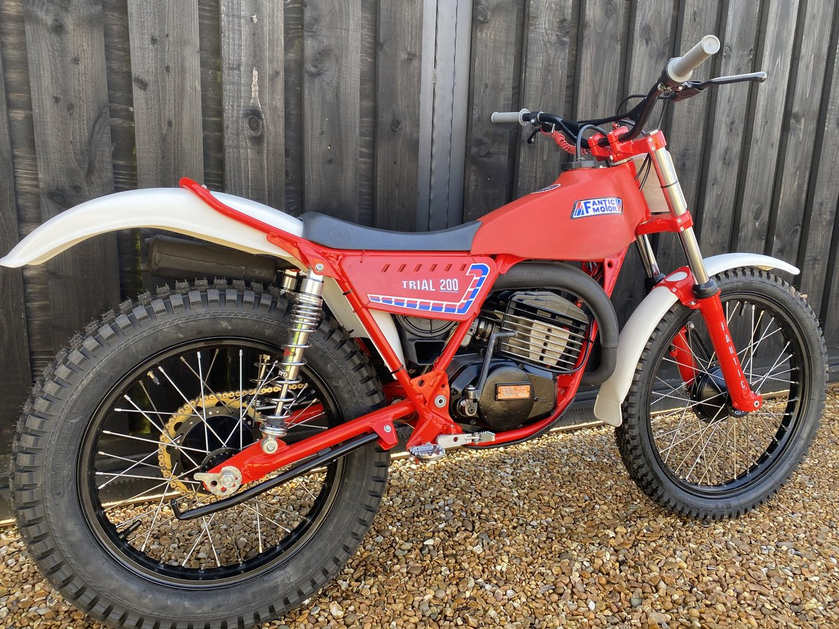 1985 FANTIC 200 TWIN SHOCK TRIAL BEST EVER MINTER! £3695  For Sale (picture 2 of 6)