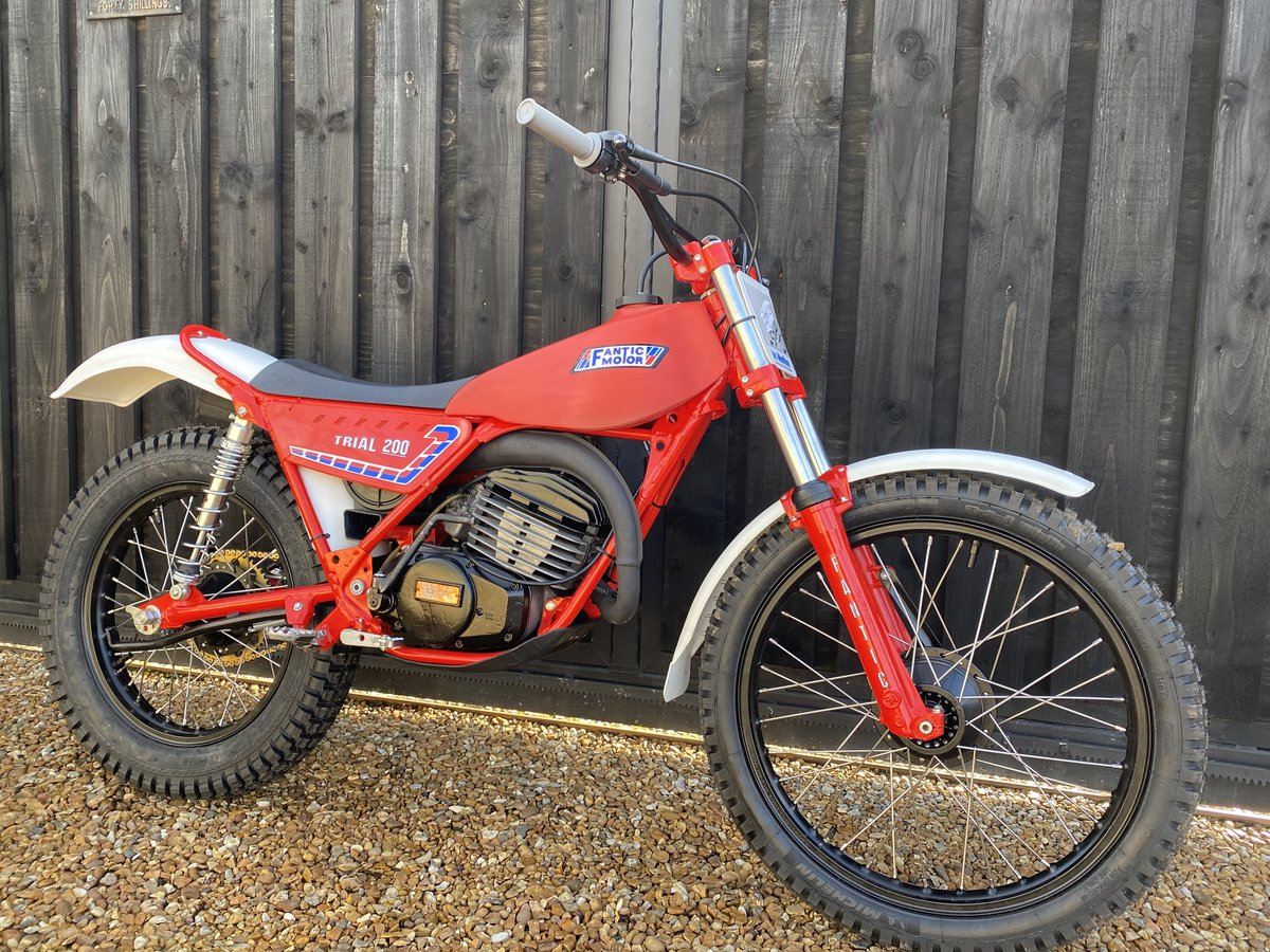 1985 FANTIC 200 TWIN SHOCK TRIAL BEST EVER MINTER! £3695  For Sale (picture 5 of 6)