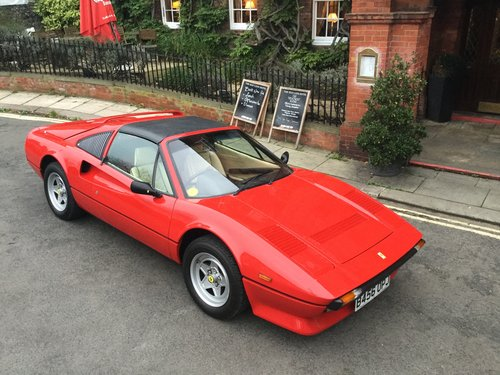 1985 FERRARI 308 GTS QV JUST HAD A MASIVE SERVICE & IS STUNNING For Sale (picture 2 of 6)
