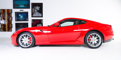 2007 Ferrari 599 GTB Fiorano - Rosso Scuderia+Carbon Door Inserts For Sale (picture 3 of 6)