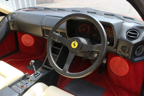 1990 FERRARI TESTAROSSA - UNDER 14,000 MILES FROM NEW !!! For Sale (picture 3 of 6)