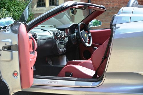 2005 FERRARI F430 **F1 Spider**   For Sale (picture 3 of 6)
