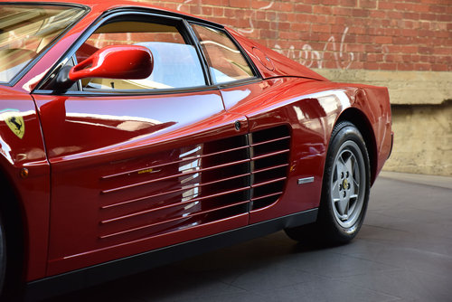 1990 Ferrari Testarossa SOLD (picture 3 of 6)