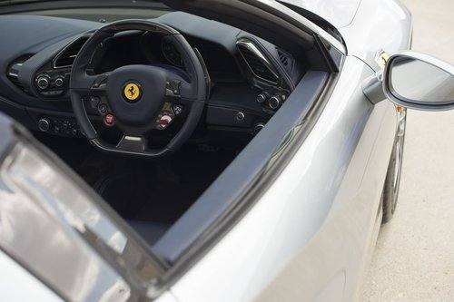 2017 Ferrari 488 Spider - RHD - 900 miles from new For Sale (picture 4 of 6)