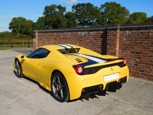 2015 Ferrari 458 S.A Speciale Aperta RHD - 1 Previous Owner For Sale (picture 3 of 6)