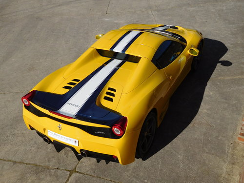2015 Ferrari 458 S.A Speciale Aperta RHD - 1 Previous Owner For Sale (picture 5 of 6)