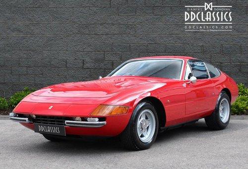 1971 Ferrari 365 GTB/4 Daytona (RHD) for sale in London For Sale (picture 1 of 6)