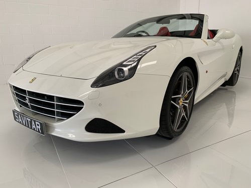 2015 Just Serviced, FFSH Ferrari Service Plan until 2022 For Sale (picture 6 of 6)