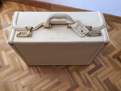1990 Ferrari Testarossa Luggage SOLD (picture 4 of 6)