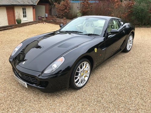 2007 BEAUTIFUL Ferrari 599 GTB,10,200 miles, full history,  For Sale (picture 4 of 6)