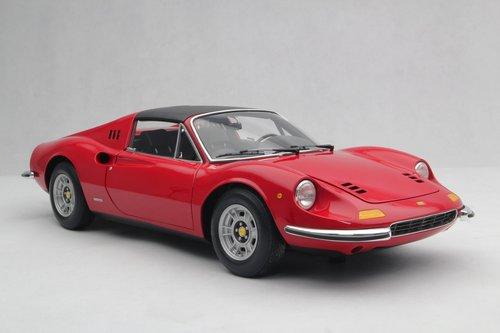 1972 SCALE MODEL 1:8 - FERRARI DINO 246 GTS For Sale (picture 1 of 6)