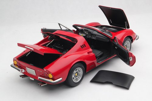 1972 SCALE MODEL 1:8 - FERRARI DINO 246 GTS For Sale (picture 3 of 6)