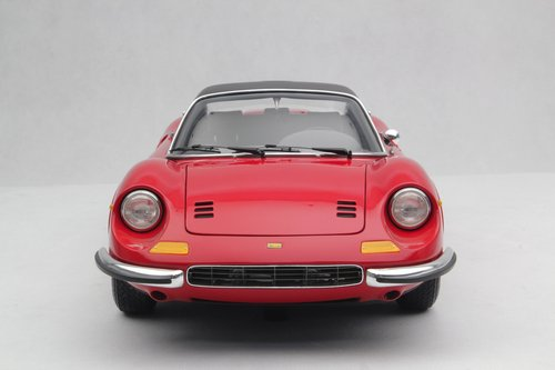 1972 SCALE MODEL 1:8 - FERRARI DINO 246 GTS For Sale (picture 5 of 6)