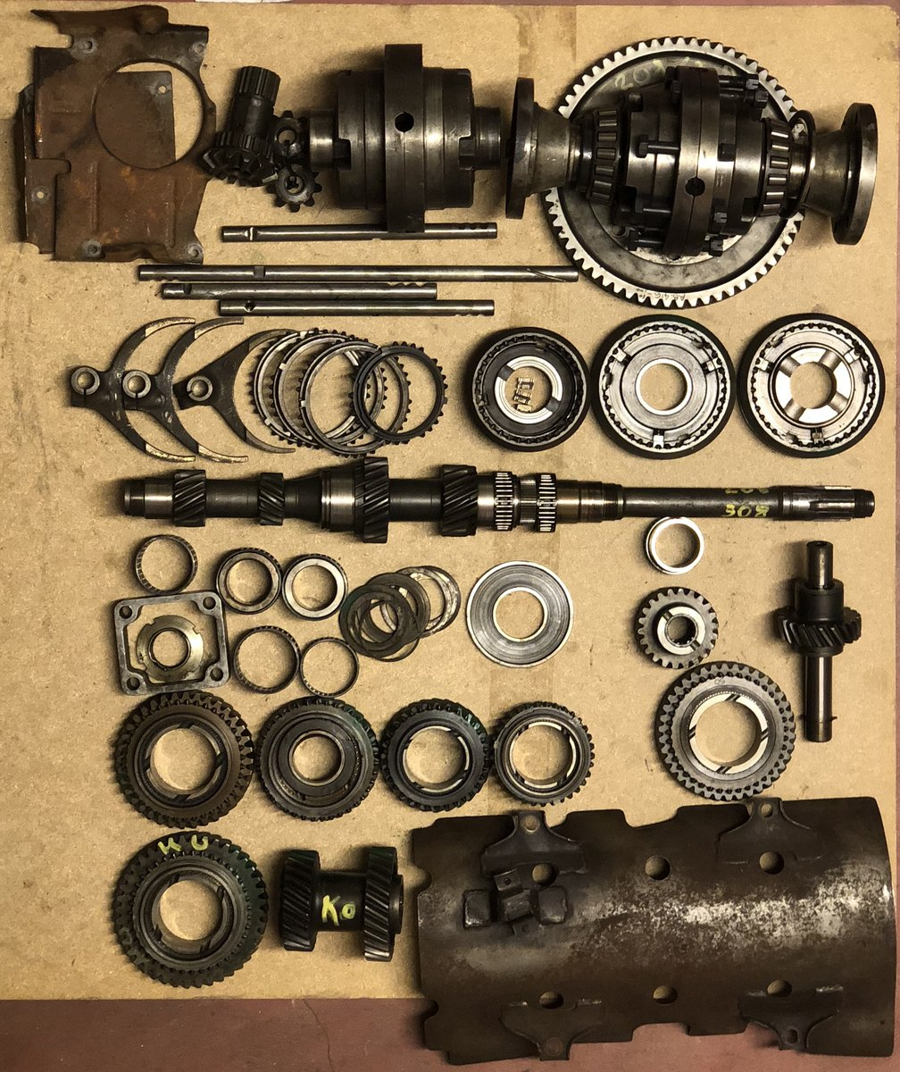 1973 FERRARI 208 &308 Dino gearbox SOLD (picture 1 of 4)