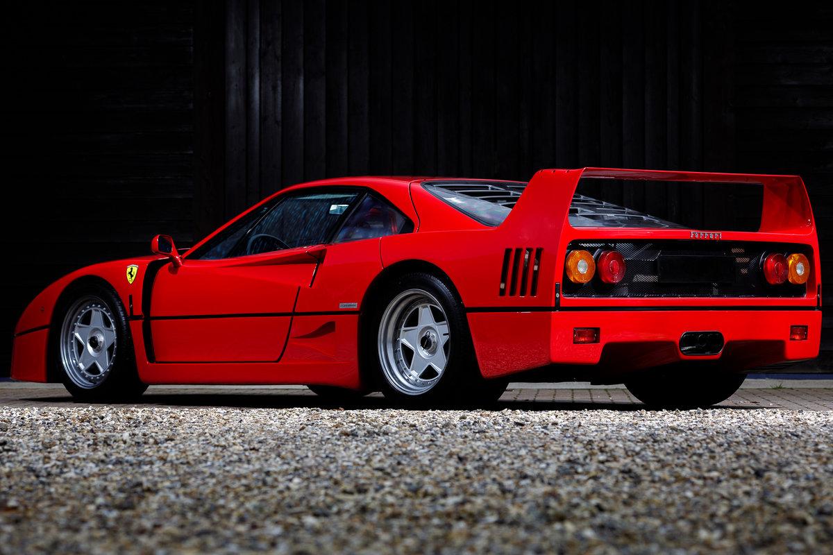 1990 Ferrari F40 SOLD (picture 4 of 6)
