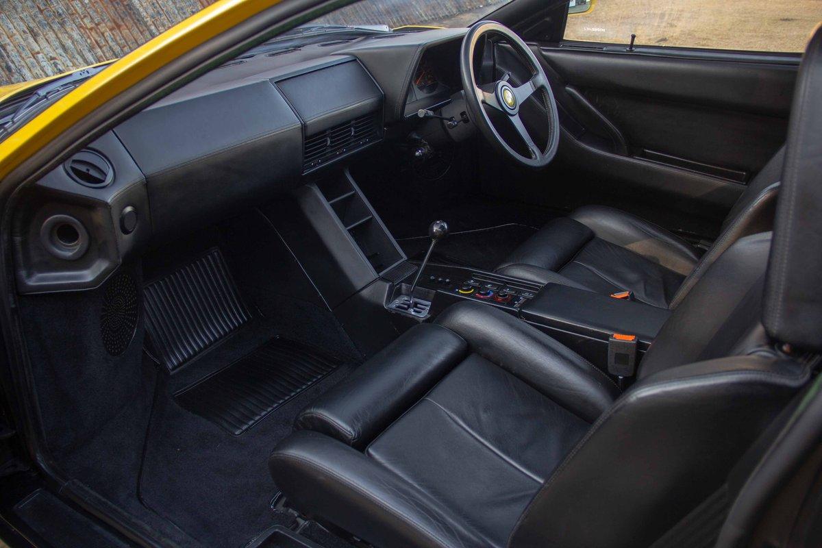1989 Ferrari Testarossa - 1 owner, 10k miles, luggage For Sale (picture 4 of 6)