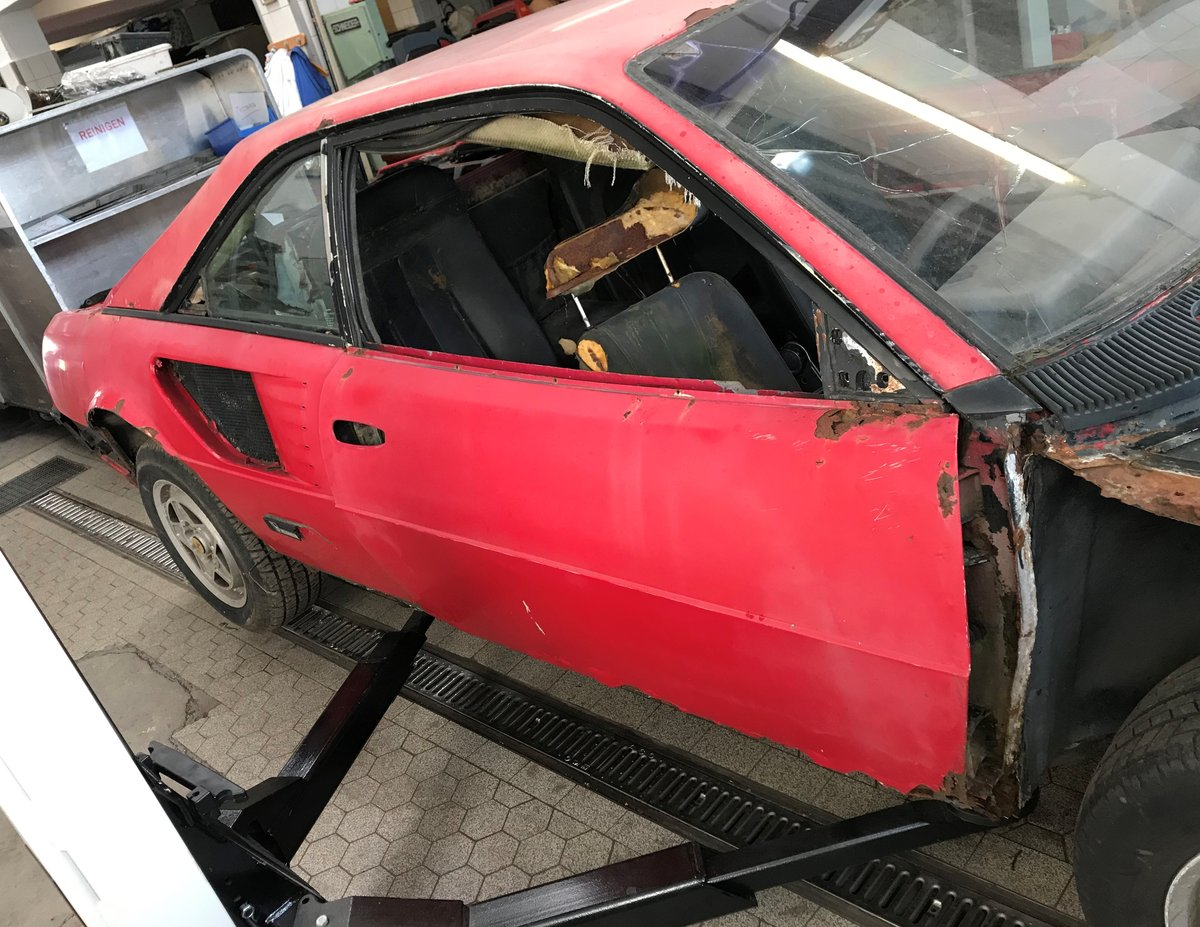 1981 Mondial 8 Parts Car including 308 injection engine For Sale (picture 2 of 6)