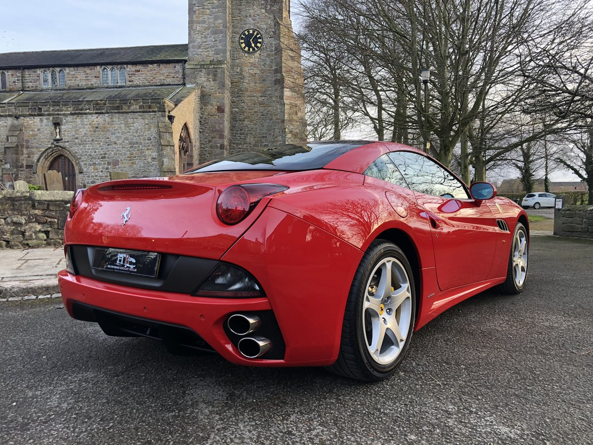 2011 FERRARI CALIFORNIA  For Sale (picture 2 of 6)