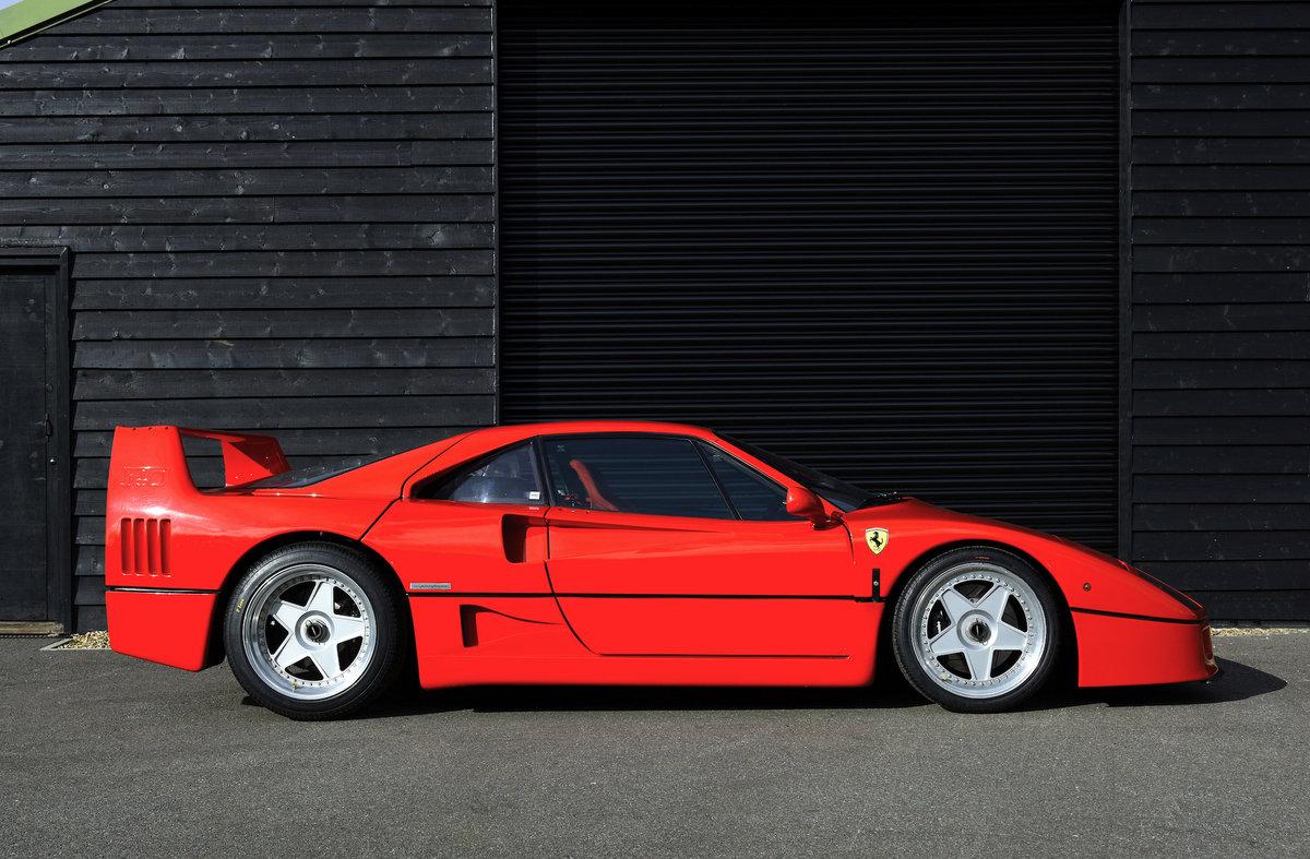 1990 Ferrari F40 For Sale (picture 2 of 6)