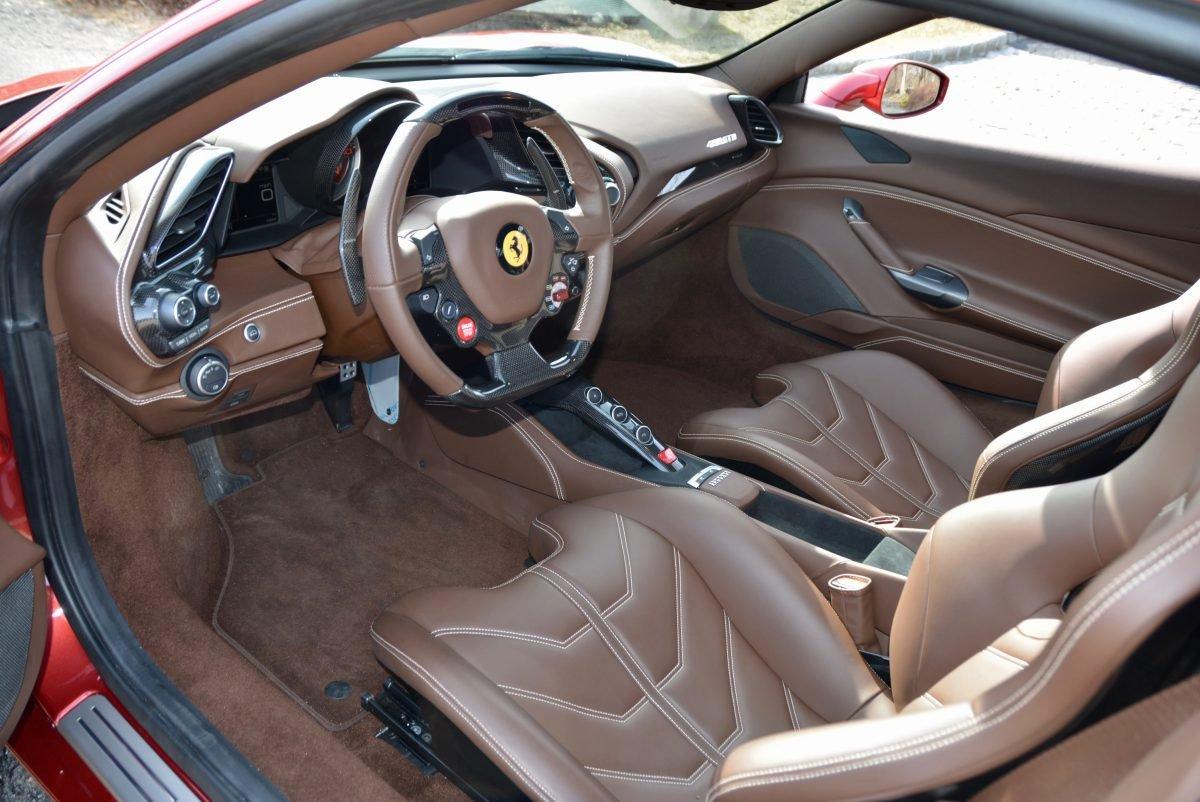 2017 Ferrari 488 GTB F1 = Rosso Fiorano(~)Ginger 1.3k miles For Sale (picture 4 of 6)