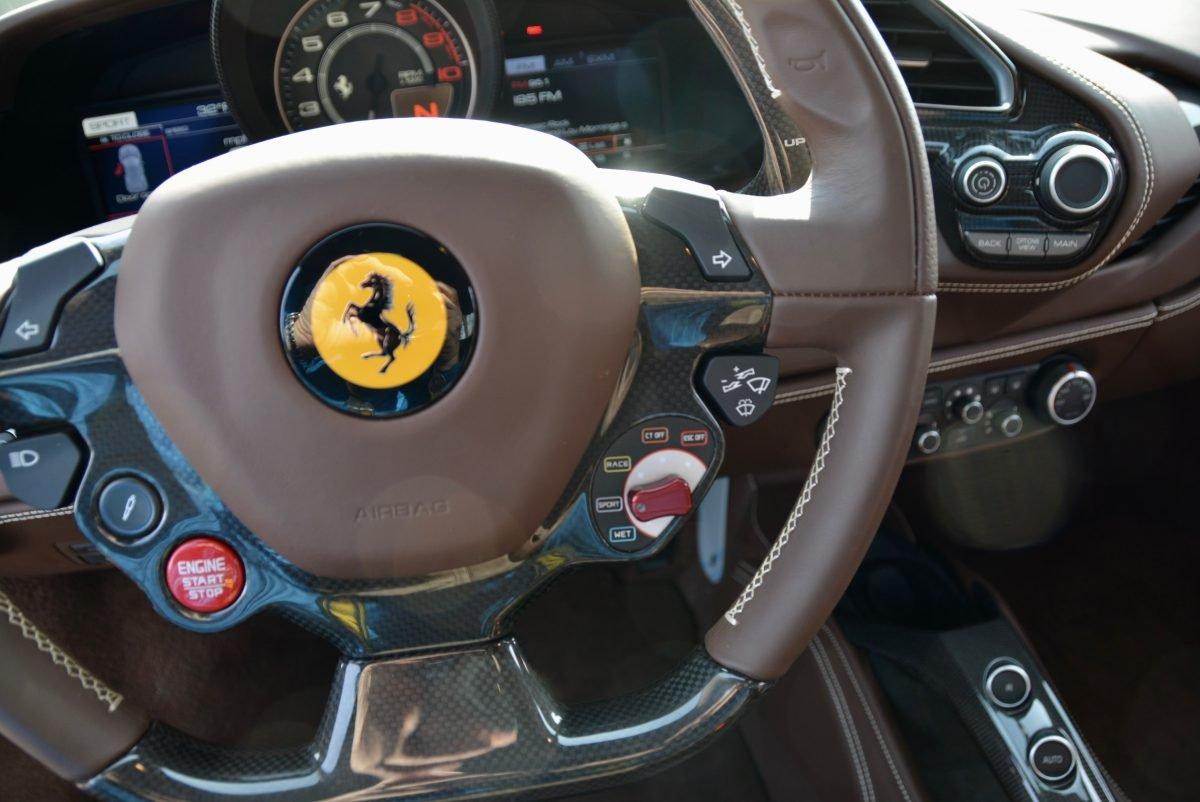 2017 Ferrari 488 GTB F1 = Rosso Fiorano(~)Ginger 1.3k miles For Sale (picture 5 of 6)