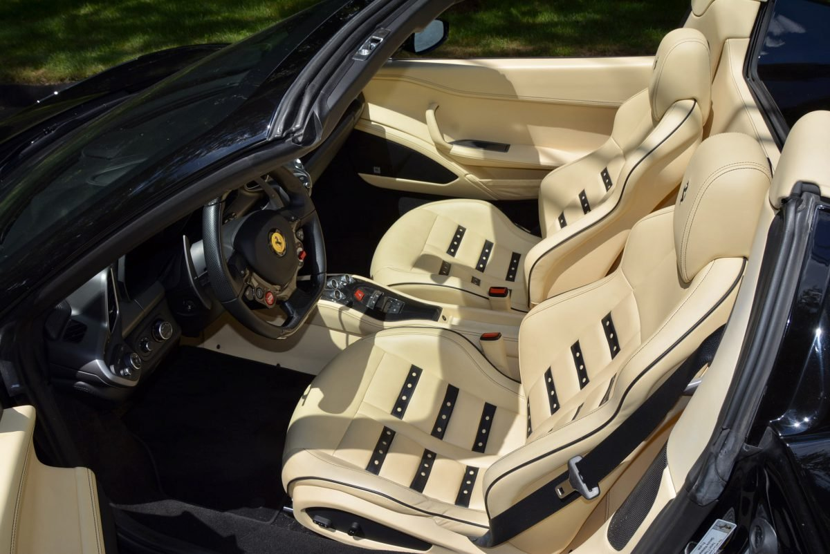 2015 Ferrari 458 Spider F1 = Black(~)Tan 8k miles $obo For Sale (picture 4 of 6)
