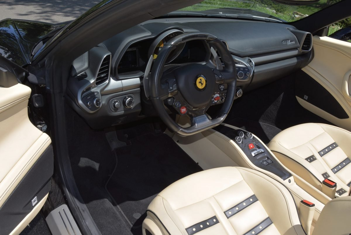 2015 Ferrari 458 Spider F1 = Black(~)Tan 8k miles $obo For Sale (picture 5 of 6)