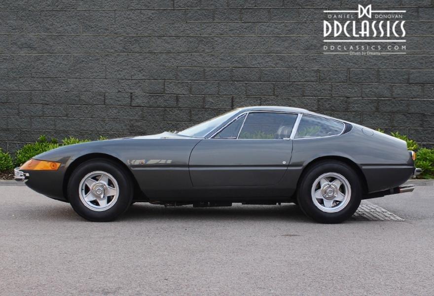 1971 Ferrari 365 GTB/4 Daytona for sale in London (RHD) For Sale (picture 3 of 6)
