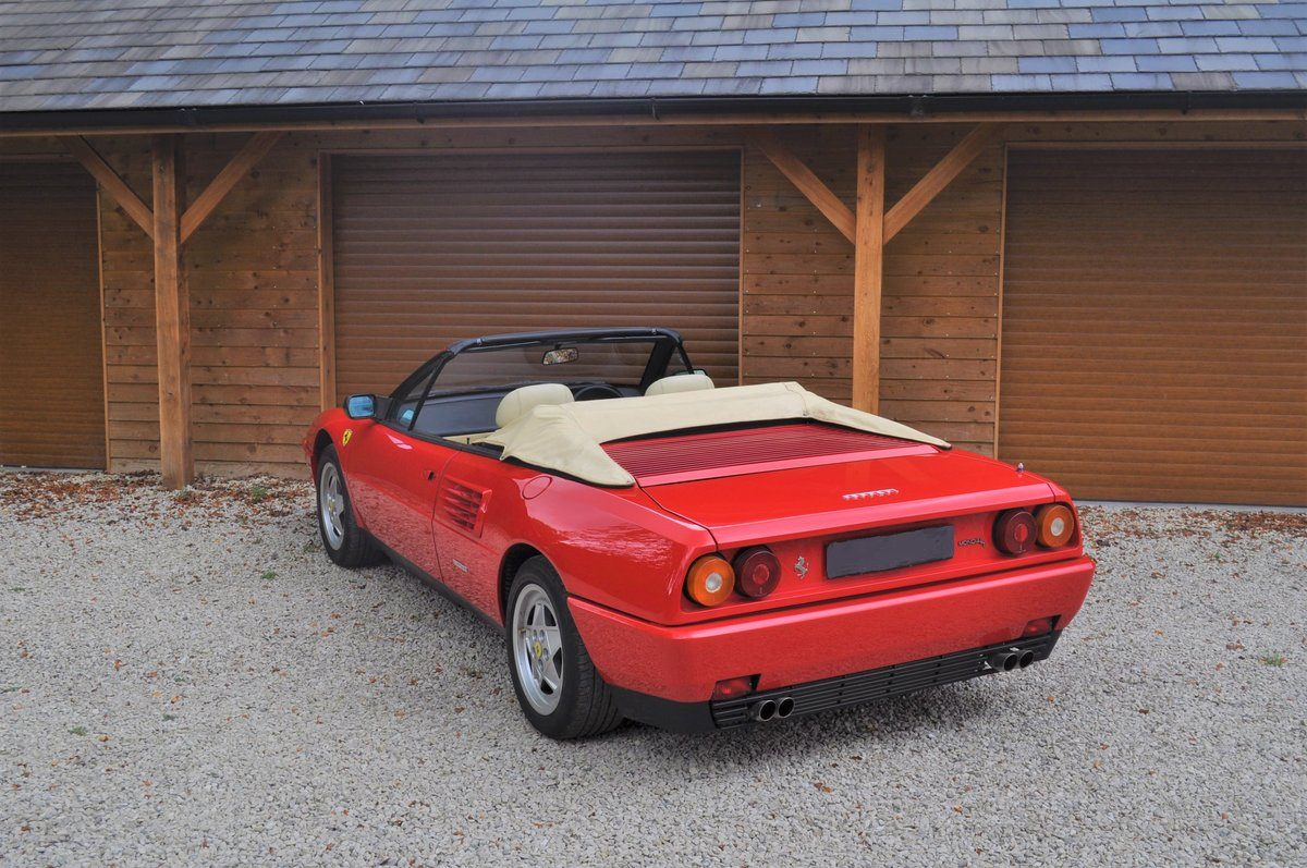 1990 Ferrari Mondial 3.4 T- 21,000 miles from new For Sale (picture 5 of 8)
