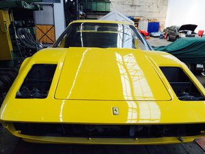 Ferrari 308 GTB in Giallo fly