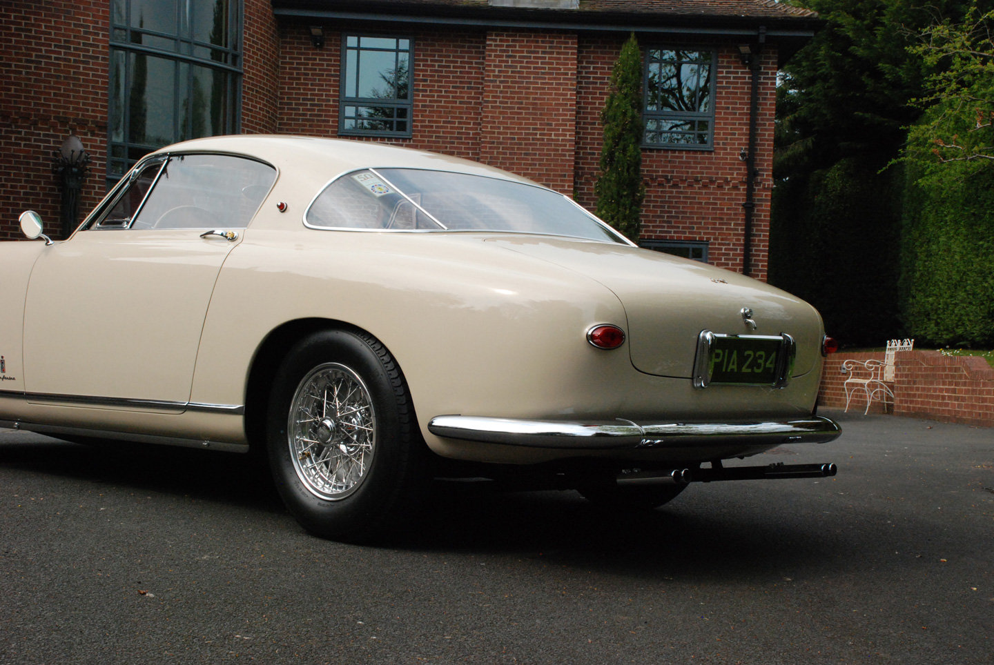 1954 Ferrai 250 Europa Pininfarina steel body 3 window coupe For Sale (picture 2 of 6)