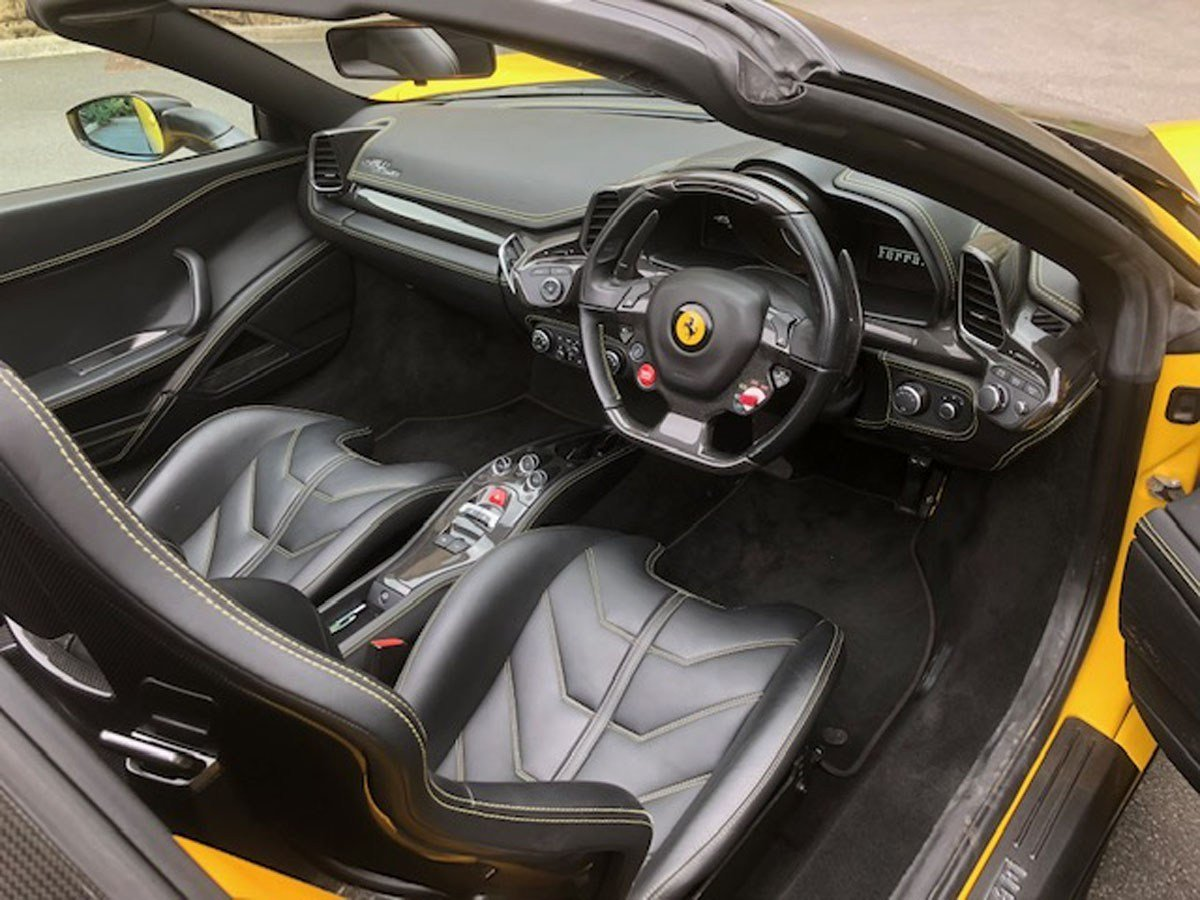 2013 Ferrari 458 Spider For Sale by Auction (picture 4 of 5)