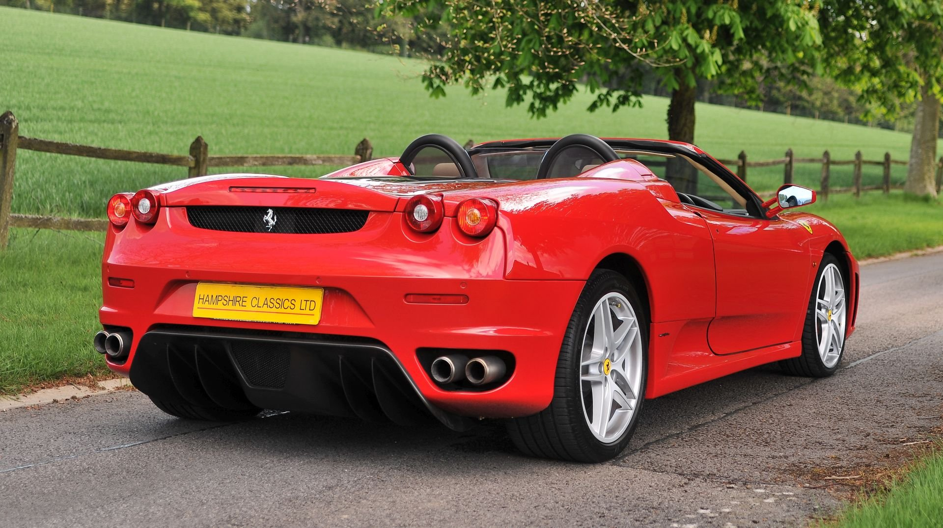 2007 Ferrari F430 Spider Manual with Only 17,412 Miles For Sale (picture 2 of 6)