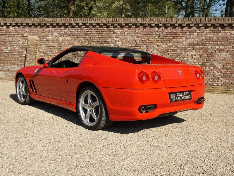 2006 Ferrari 575 Superamerica 2 owners, fully documented from new For Sale (picture 2 of 6)