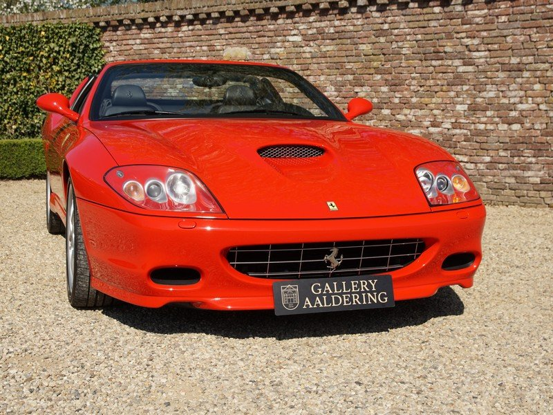 2006 Ferrari 575 Superamerica 2 owners, fully documented from new For Sale (picture 5 of 6)