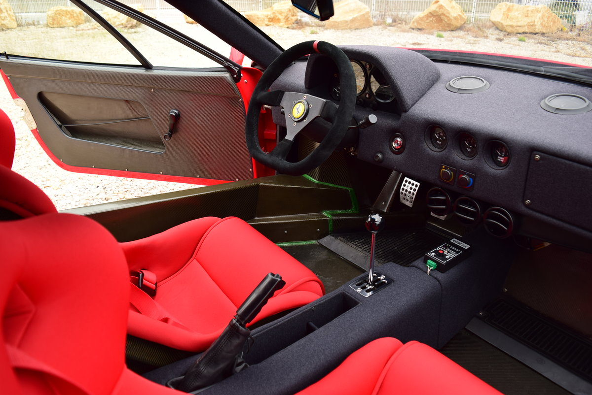 1991 Ferrari F40 For Sale by Auction (picture 4 of 5)